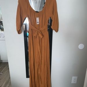Forever 21 Dresses - Forever 21 mustard color maxi dress NWT